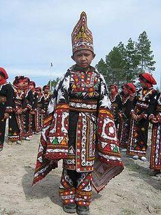 Guel dance, Aceh Tengah (Gayo Highland), Northern Sumatra, Indonesia