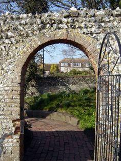 Rottingdean Kipling Gardens *** photo: Robert Bovington blog: http://bovingtonbitsandblogs.blogspot.com.es