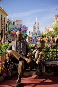 Walt Disney World - Roy Disney & Minnie