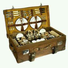 Ideias charmosas e muito úteis para malas antigas de madeira - Cestas de Picnic