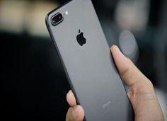Giá thay màn hình iPhone 7 có mắc không?
