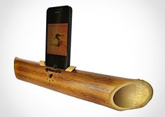 Passive Bamboo Amplifier - amplify your iPhone in a sustainable and eco-friendly way. #audio #handmade #eco-friendly