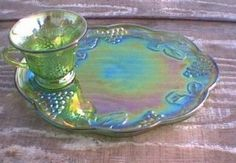 Lime Green Snack tray and cup Price Guide Values Blue - NOT MADE Gold - NOT MADE Green - $60 to $100 for a complete 8 piece set Green - $15 to $25 for one cup and tray