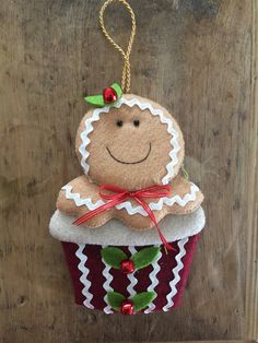 Gingerbread Crafts, Snowman Crafts, Christmas Gingerbread, Ornament Crafts, Christmas Crafts To Make, Felt Christmas Ornaments, Christmas Sewing, Holiday Crafts, Candy Crafts