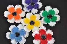 DIY felt flower clips