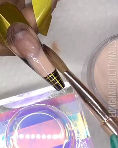 A step by step acrylic nail extension by Evelyn Culver Acrylic Nails At Home, Acrylic Nail Tips, Summer Acrylic Nails, Cute Acrylic Nails, Summer Nails, Nail Art Designs Videos, Nail Art Videos, Nail Extensions Acrylic, Gel Nail Tutorial