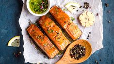 Nothing says summer quite like a fresh salmon serves with fresh ingredients. Here are 3 of our favourite salmon recipes, with a twist! Pizza Fruit, Best Protein, Glazed Salmon, Essential Fatty Acids, Cooking Salmon, Iftar, Salmon Recipes, Shrimp Recipes, Slow Cooker Recipes