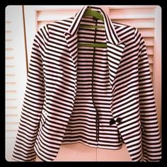 💖HOST PICK💖 Express Blazer - Size Small Black & white striped, can easily fold sleeves for a versatile look Express Jackets & Coats Blazers