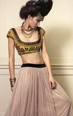 designer modern lengha, available exclusively at My Trousseau London. www.mytrousseau.co.uk #Indianfashionlondon #lengha #fusionfashion