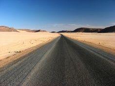 How to Plan a Cheap Road Trip Across America thumbnail
