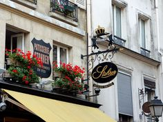 From Paris With Love: Strohrer, the oldest bakery in Paris