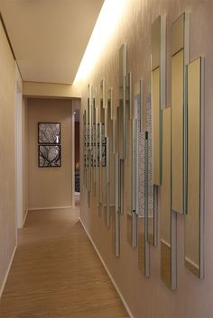 ideas apartment entryway narrow mirror for 2019 (With images) Wall Design, House Design, Hall Interior Design, Spiegel Design, Decoration Entree, Apartment Entryway, Hallway Decorating, Living Room Decor, Wall Decor