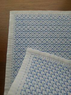 あと少しのところで作業が止まっていた花ふきんが出来上がりました。青色の糸を使用。表側 … 小亀紋様の変形。糸のかけかたを変えてお魚にみえるようにしました。...