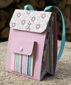 """Papier Yesterday I made a small backpack album with the great papers from My Mind's Eye from the """"Li Paper Bag Album, Paper Purse, Mini Albums Scrap, Mini Scrapbook Albums, Diy Paper, Paper Crafts, Baby Mini Album, Creative Box, Mini Album Tutorial"""