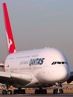 Airbus A beautiful sight to behold - awesome! Qantas A380, Qantas Airlines, Airbus A380, Boeing 747, Commercial Plane, Commercial Aircraft, 135i Coupe, Australian Airlines, Airplane Photography