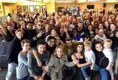 Fuller House is returning for a fifth and final season on Netflix Full House Memes, Full House Funny, House Serie, Full House Show, Nickelodeon Game Shows, House Season 5, Candance Cameron Bure, Scott Weinger, Fuller House Cast