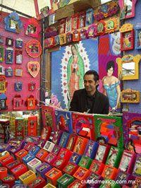 Bazar del sábado, San Angel. Realmente extraño tanto ese bazar y el de Coyocan :(