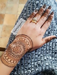 Henna Ink, Henna Body Art, Mehndi Tattoo, Henna Tattoo Designs, Mehndi Art, Henna Mehndi, Body Art Tattoos, Mehndi 2018, Mhendi Design