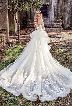 eve of milady spring 2018 bridal off the shoulder sweetheart neckline full embellishment romantic princess fit and flare wedding dress a line overskirt open back royal chapel train (1) bv -- Eve of Milady Couture Spring 2018 Wedding Dresses
