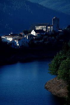 Dornes, Portugal by ©miguel valle de figueiredo, via Flickr