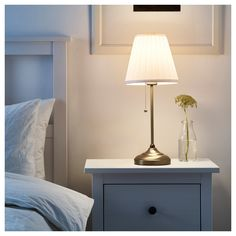 ÅRSTID Table lamp with LED bulb IKEA Fabric shade gives a diffused and decorative light. Brass Table Lamps, Bedside Table Lamps, Bedroom Lamps, Bedroom Lighting, Ikea Bedroom, Master Bedroom, Ikea Room Ideas, Design Pas Cher, Ikea Table