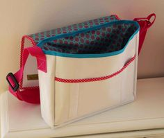 Sailing Outfit, Recycling, Diy Bags, Diaper Bag, Lunch Box, Backpacks, Purses, My Style, Material