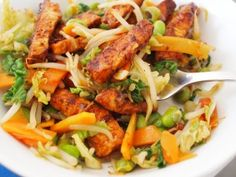 Lavender and Lovage   Taxis, Trains and Temptation! 5:2 Diet Fast Day Recipe: Smoky Mexican Stir Fry with Chicken   http://www.lavenderandlovage.com