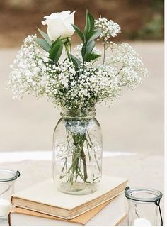 Simple country chic wedding center pieces