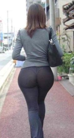 Nsfw girls yoga pants