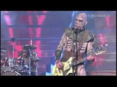 Lordi - Hard Rock Hallelujah (Finland) 2006 Eurovision Song Contest Winner - I love his flag top hat! Phil Collins, Justin Timberlake, Hard Rock Hallelujah, Bon Jovi, Eurovision Songs, Hetalia, Dieter Thomas Heck, Music Videos, Music