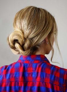 20 Quick And Easy Hairstyles You Can Wear To WorkFacebookGoogle+InstagramPinterestTumblrTwitterYouTube