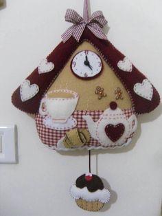 Tea time felt by dale Felt Diy, Felt Crafts, Fabric Crafts, Sewing Crafts, Diy And Crafts, Sewing Projects, Arts And Crafts, Gingerbread Christmas Decor, Felt Christmas