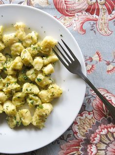 Nhoque de batata doce na manteiga de ervas
