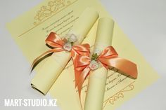 Свадебные пригласительные свитки ручной работы в Алматы Place Cards, Place Card Holders, Gift Wrapping, Gifts, Wedding, Gift Wrapping Paper, Casamento, Presents, Weddings