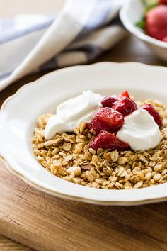 toasted granola with vanilla bean yogurt and strawberries ...