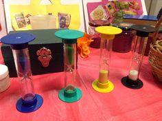 Domein: Meten. Onderdeel: Tijd. Doel: tijdmeten met informele tijdmeters (zandloper) Wind Machine, Clock Craft, I Love School, Lava Lamp, Projects, Kindergarten, Timeline, Log Projects, Blue Prints