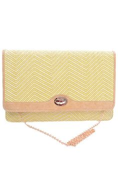 South Beach Waves Zig Zag Pattern Oversized Straw Clutch in Yellow | Sincerely Sweet Boutique
