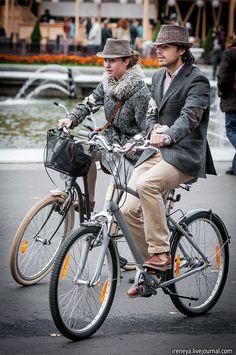 ireneya: Tweed Ride Moscow 2012