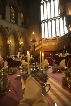 Medieval banquet in the Great Hall. Miladies and Gents, please enter the Great Hall in pairs and be seated by your card.