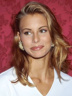 100 of everyone's fave '90s supermodels in their glory days: Niki Taylor (1992)
