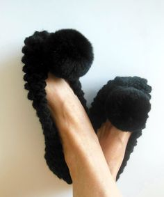 6b33693dd3da9 14 Popular Black images in 2019 | Shoe, Knit slippers, Knitted slippers