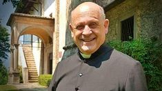 """Italian priest dies from coronavirus after giving respirator to a stranger. A Catholic priest in Italy is being called a """"Martyr of Charity"""" for refusing a respirator so a younger patient could use it to ward off the coronavirus. Don Giuseppe Berardelli, Water In The Morning, Catholic Priest, James Martin, New Fox, Pray For Us, The Eighth Day, Godly Man, Salvia, Saints"""