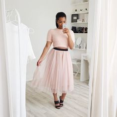 Channeling my inner Carrie Bradshaw in this gorgeous pink tulle skirt from @Chicwish!  I featured it and a few other pieces by this brand in my newest video. Check it out, link in my bio!   Oh and be sure to sign up to @liketoknow.it and shop #Chicwish! www.liketk.it/1YFrd #liketkit #sp