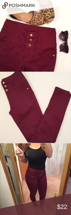 High Wasted Skinny Jeans Super cute and comfy high wasted super skinny jeans in a deep red/ maroon color. The jeans give you a great shape and make you feel comfortable and confident. Great color for fall and winter!! In great condition. Brand is Refuge. Feel free to make an offer! I'm generous when it comes to bundling, so ask about a bundle price  NO TRADES  Charlotte Russe Jeans Skinny
