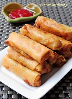 Chinese snack: Spring Rolls [Singapore Food Blog]