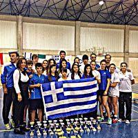 Δυο πρώτες θέσεις και μια 3η για τον ΦΕΟ Θήβας στο badminton στην Κύπρο! Διαβάστε περισσότερα » http://thivarealnews.blogspot.com/2014/11/3-badminton.html