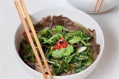 Vietnamská polévka pho | Apetitonline.cz