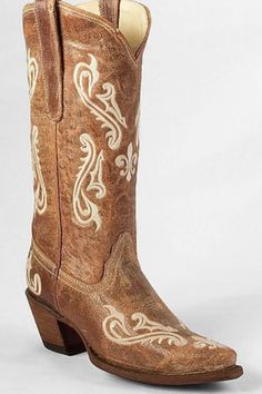 Love these cowboy boots!!