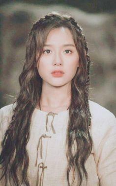Korean Actresses, Korean Actors, Actors & Actresses, Instyle Magazine, Cosmopolitan Magazine, Cha Eun Woo Astro, Kim Ji Won, Hallyu Star, Kim Woo Bin