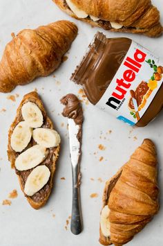 Cafe Food, Food Menu, Nutella Cafe, Nutella Croissant, Nutella Recipes, Aesthetic Food, Food Cravings, Food Photography, Food Porn